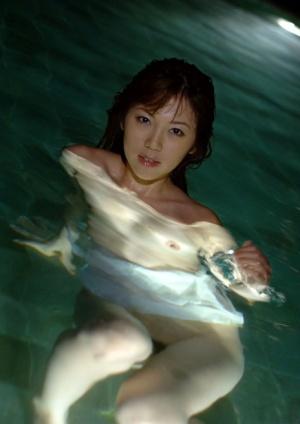 Underwater Teen Porn